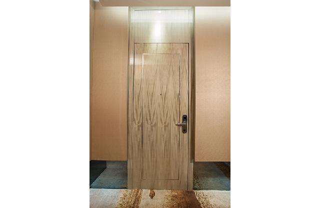 酒店固装家具-门的实际应用样式。